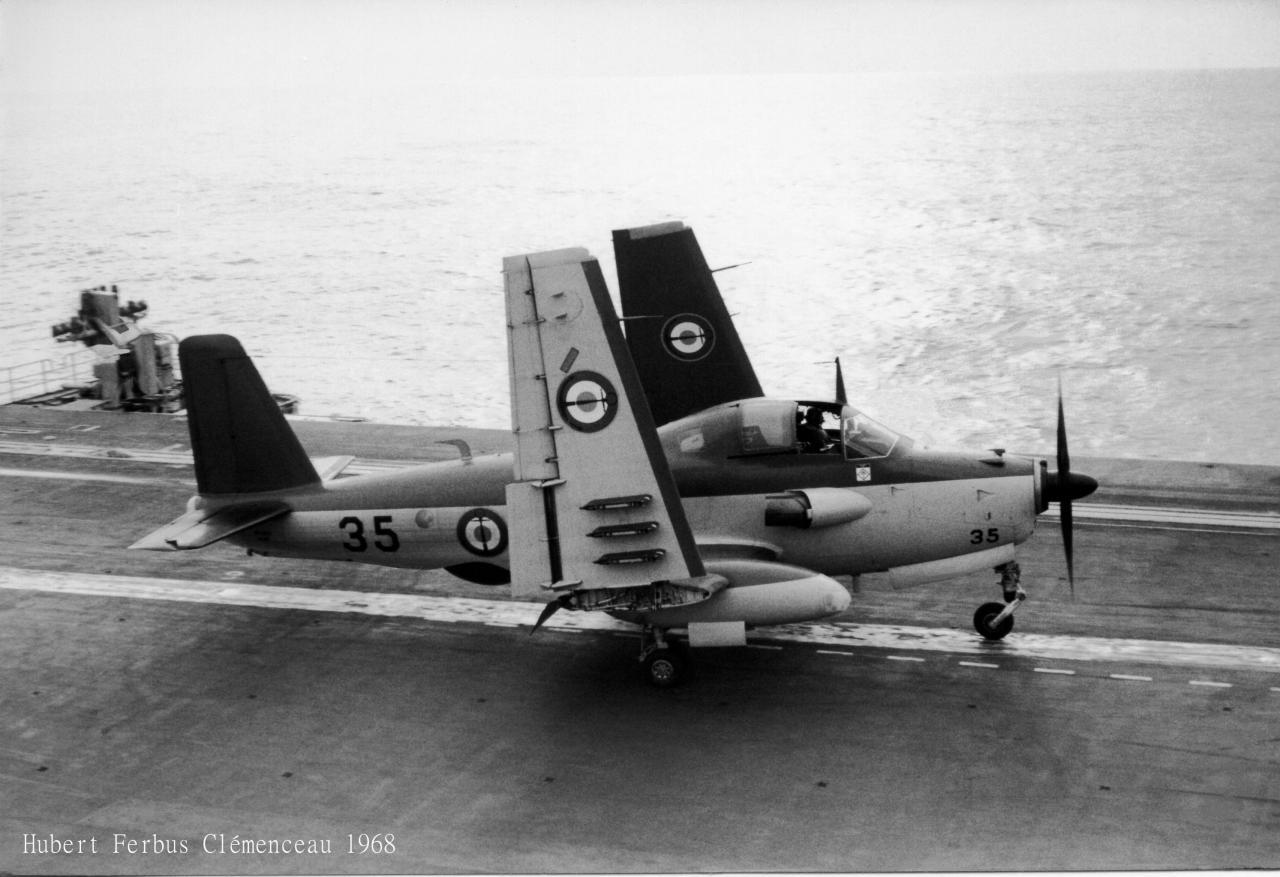 1968, p.a Clemenceau, 6F, alizé 35, repliage après retour à bord ...