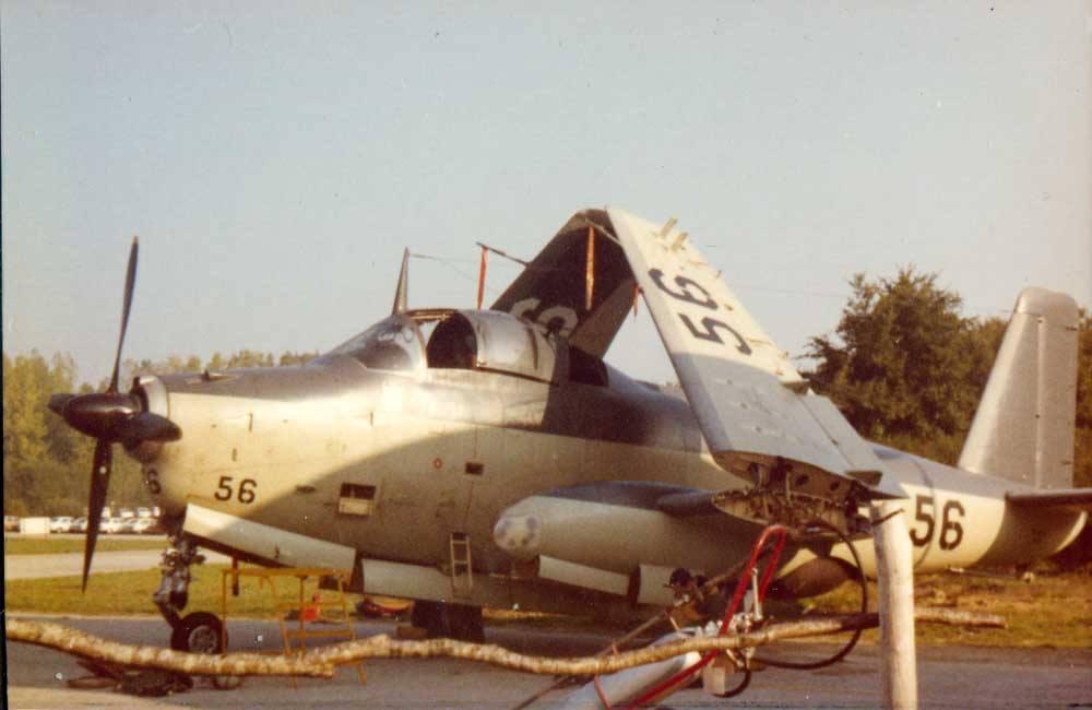 année 71/72, alizé 56 parking escadrille 2S, ban Lann-Bihoué ...