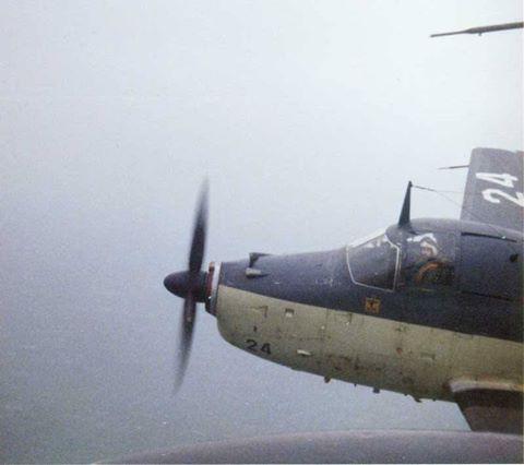 1971/72, alizé 24 de l'escadrille de servitude 2S, basé à Lann-Bihoué