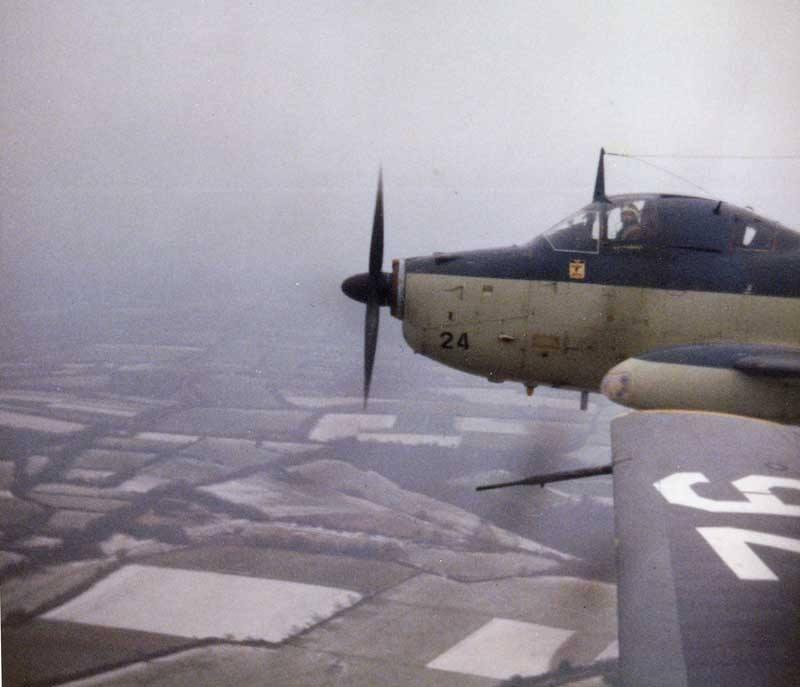 1971/72, vol en formation pour les alizé 24 et 76 de l'escadrille 2S