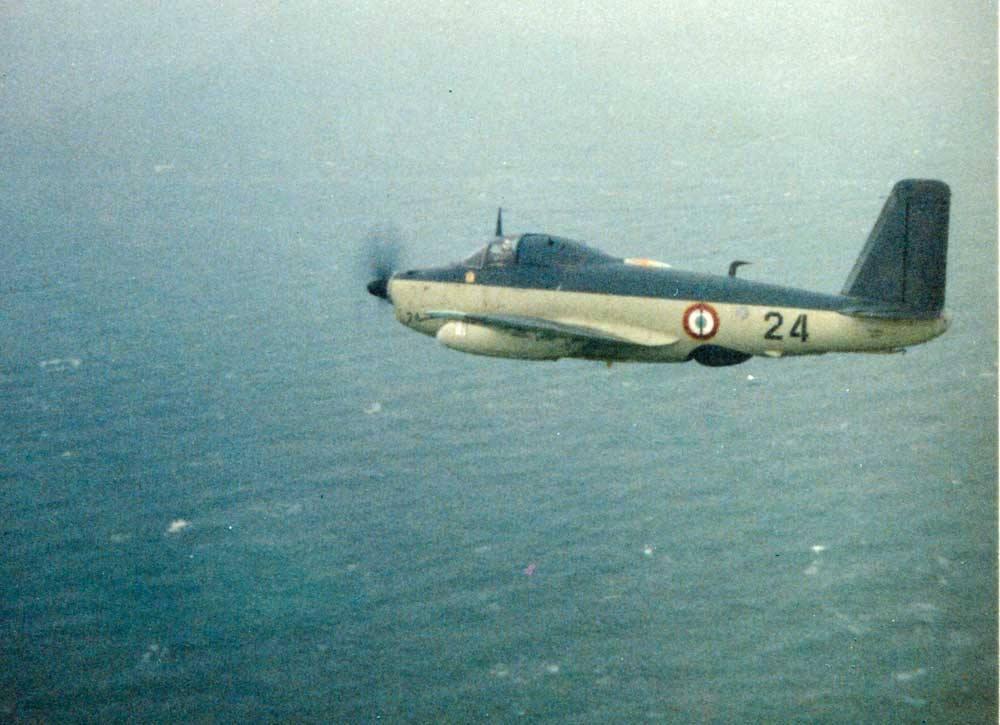 1971/72, alizé 24 de la 2S en retour de mission calibration radar ...
