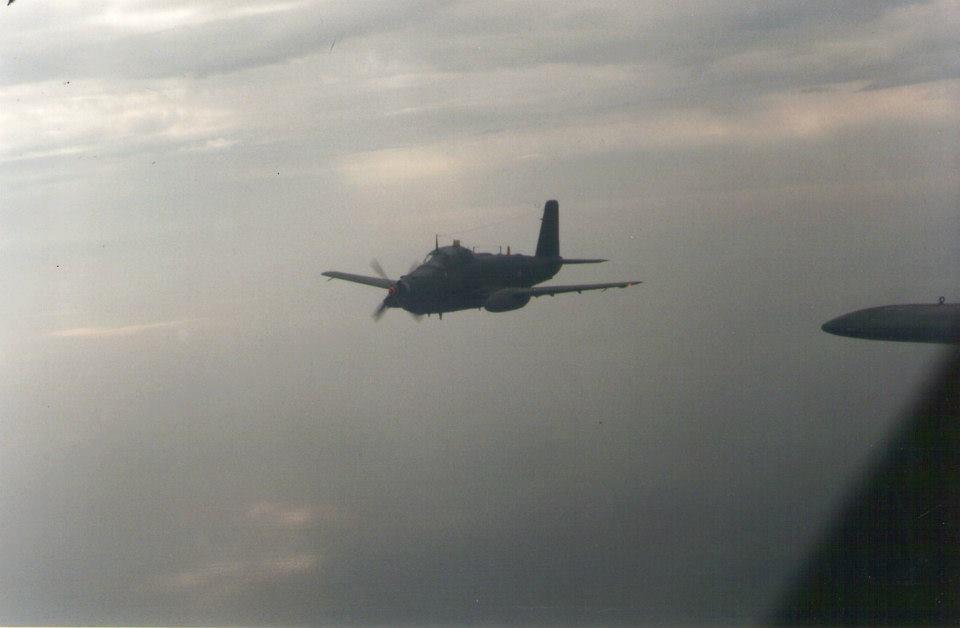1994, flottille 4F en vol avec l'Alizé ...