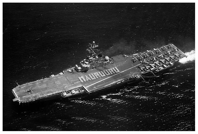1968, p.a Clemenceau à tahiti, alizé flottille 9F ...