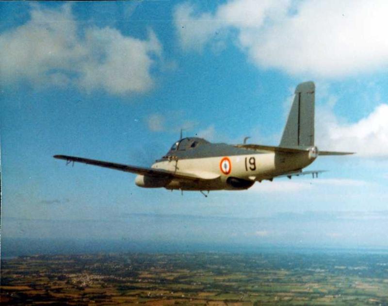 1971/72, alizé 19, escadrille 2S, équipé remorquage de manche