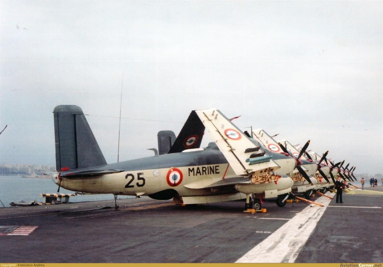 1980, p.a Foch, flottille 4F, escale à Palma ...