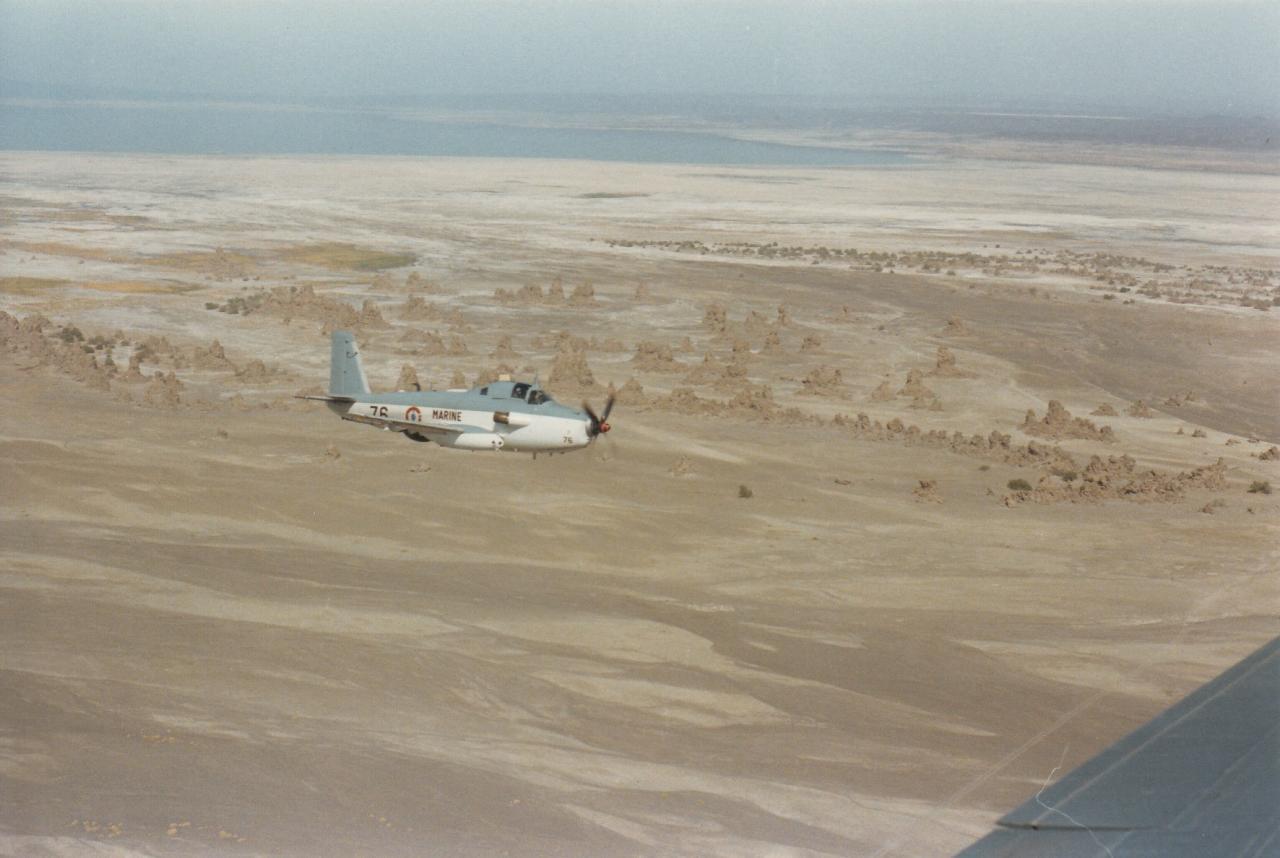 1987, flottille 4F, alizé 76, survol du Lac Assal ...