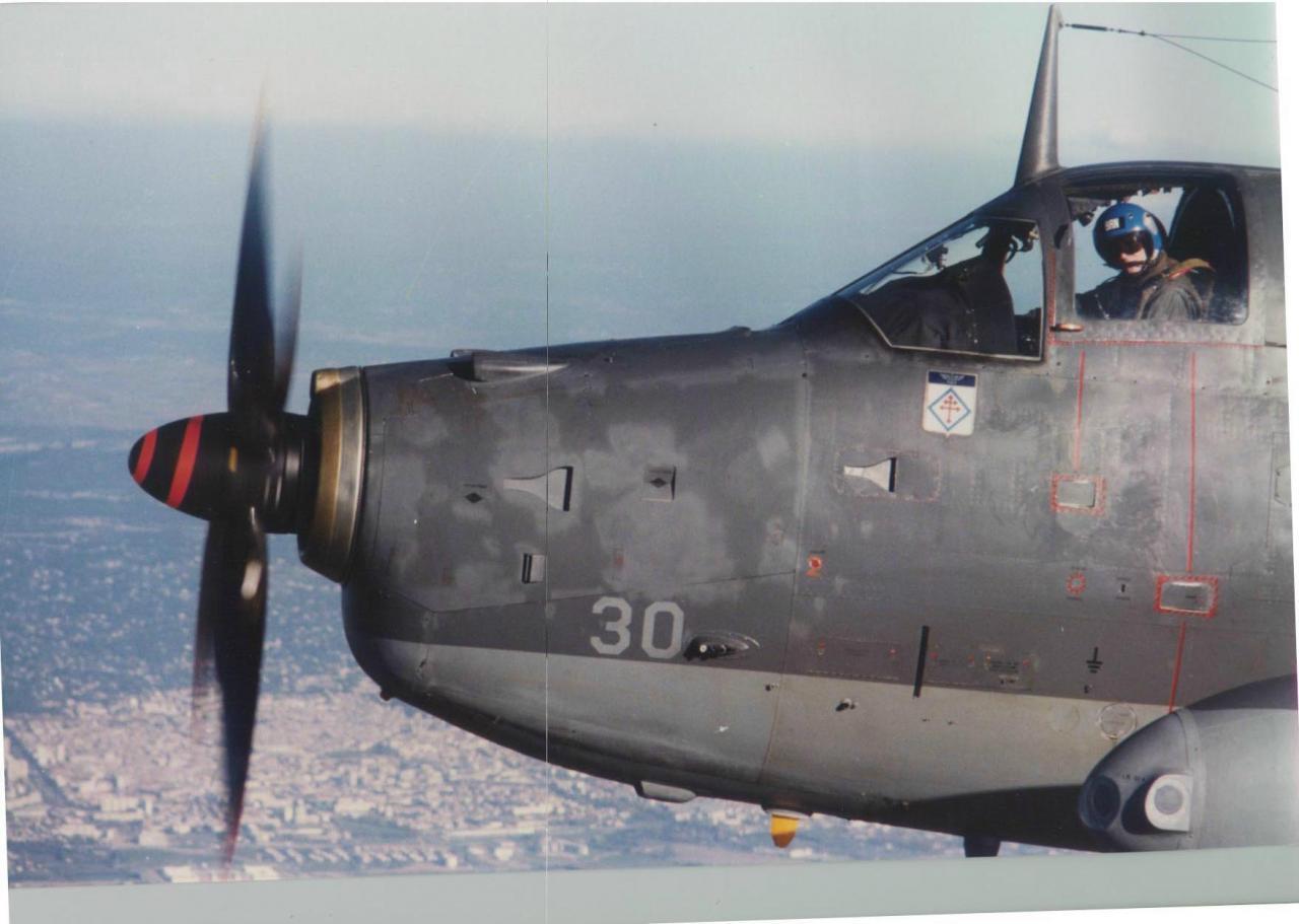1991, flottille 6F,  alizé 30 en patrouille environ de nîmes ...