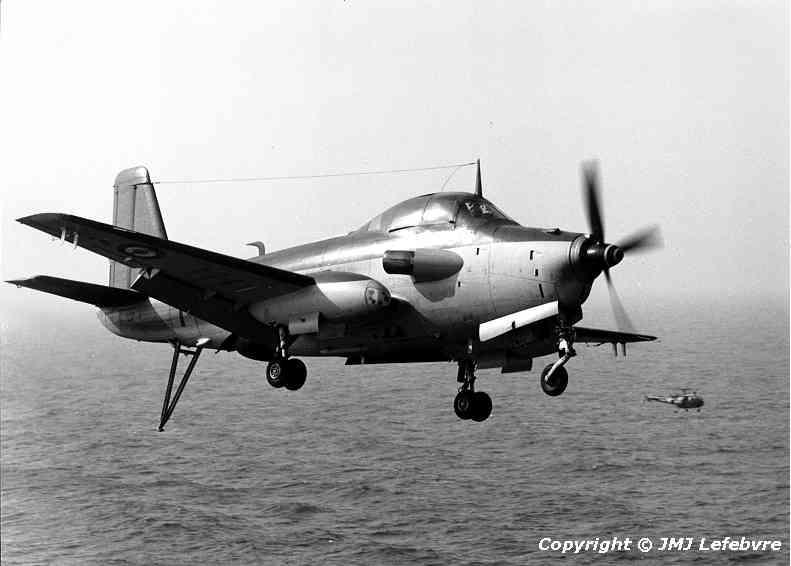 """1980, p.a Clemenceau, flottille 6F, alizé 1 """"en remise de gaz"""" ..."""