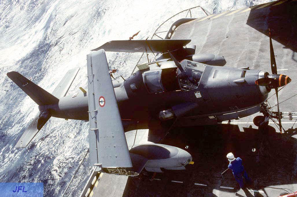 1994, p.a Foch, flottille 6F, alizé 51 ascenseur latéral ...