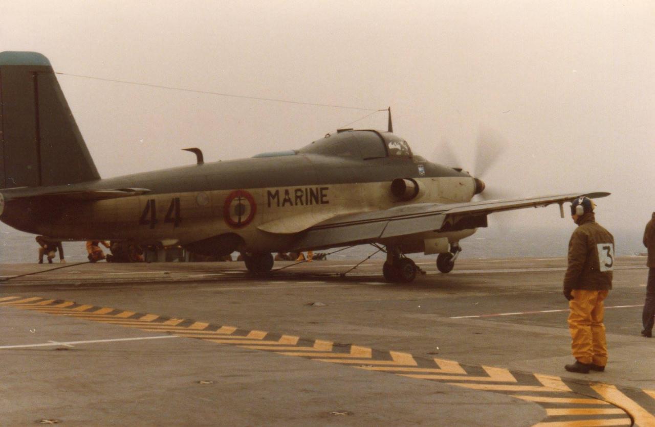 79/80, au catapultage, alizé 44, escadrille 59S ...