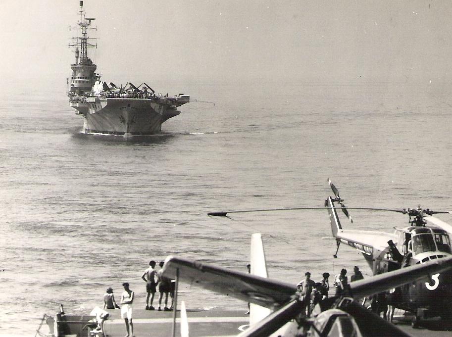 1962, INS Vikrant et alizé Indian Navy Squadron 310 ...