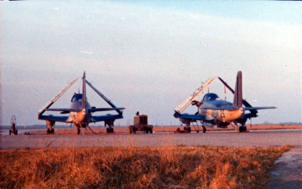1971/72, coucher de soleil sur alizé parking escadrille 2S ...
