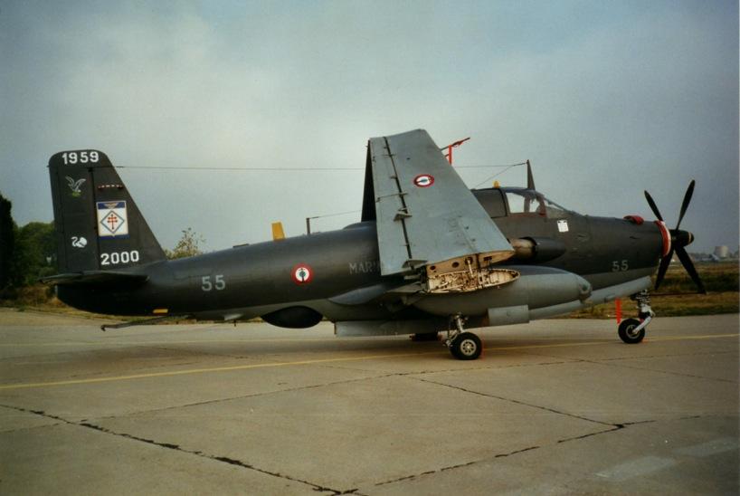 """Nîmes-Garons, flottile 6F, alizé 55 """"déco"""" en Septembre 2000 ..."""