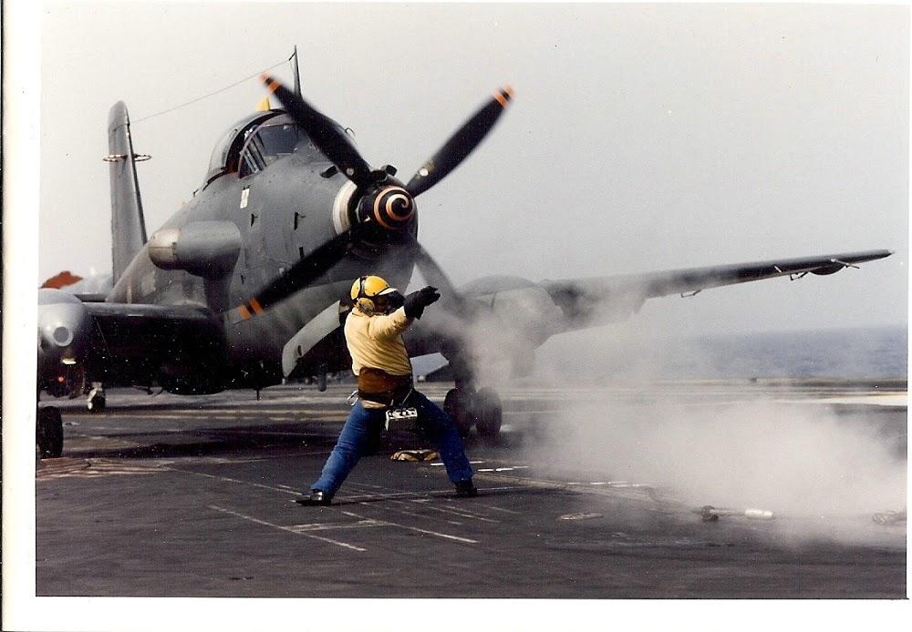 """1999, p.a Foch, flottille 6F, alizé 53 aux ordres du """"chien jaune"""" ..."""