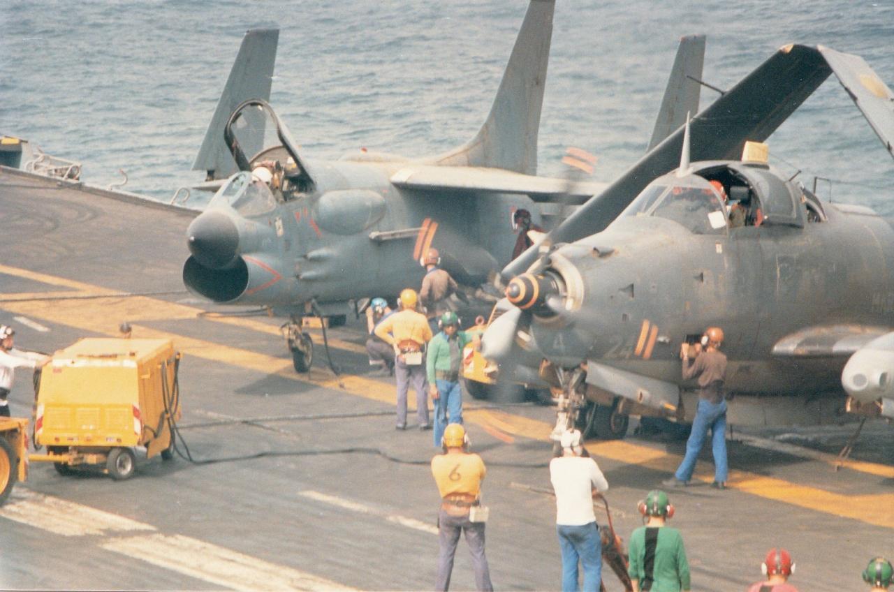 1988, océan indien, p.a Clemenceau, 6F, mise en route alizé 24 ...